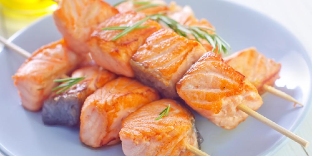 Receta Brochetas de salmón sencilla | Cocina rico
